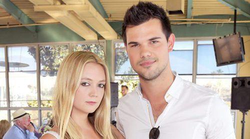 Taylor Lautner recibe los elogios del tío de Billie Lourd: 'Es todo un caballero'