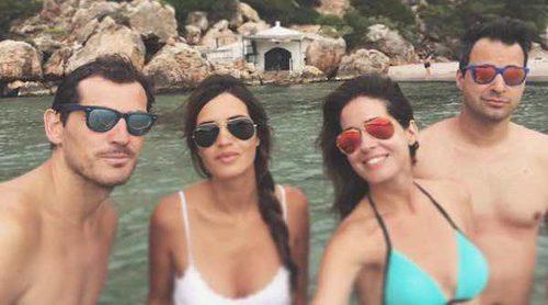 Iker Casillas y Sara Carbonero se escapan ahora a Menorca con Isabel Jiménez y Álex Cruz