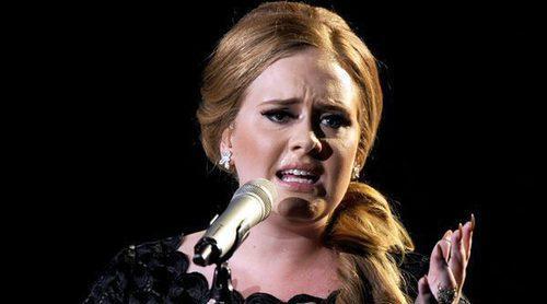 Adele cancela sus dos últimos conciertos por problemas de voz y miedo escénico