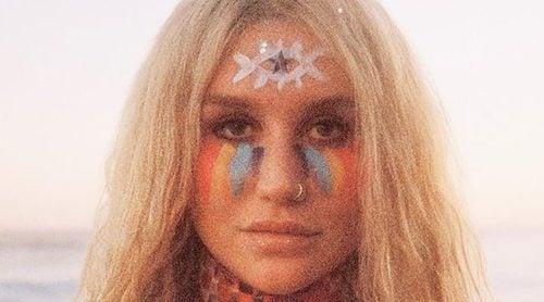 Kesha se desnuda para la portada de su nuevo disco 'Rainbow'