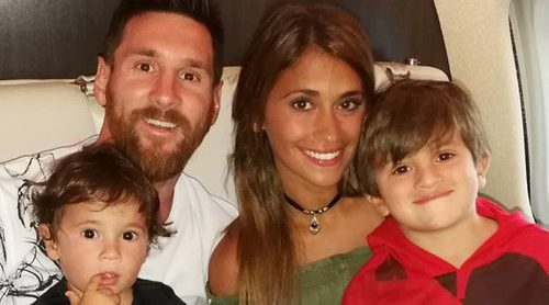 Leo Messi y Antonella Roccuzzo regresan a casa tras su idílica y familiar luna de miel