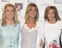 Terelu Campos presenta su libro 'Frente al espejo' con muchos amigos, familia y una gran ausencia