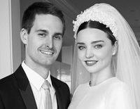Miranda Kerr y Evan Spiegel enseñan los momentos más románticos de su boda