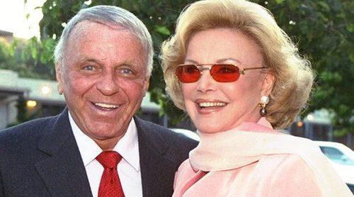 Muere Barbara Sinatra a los 90 años, la última esposa de Frank Sinatra