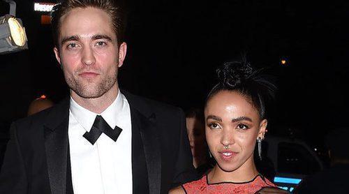 Robert Pattinson habla sobre su compromiso con FKA Twigs