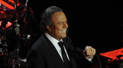 'El Amigo', la canción de Julio Iglesias y Romeo Santos dedicada a su pene