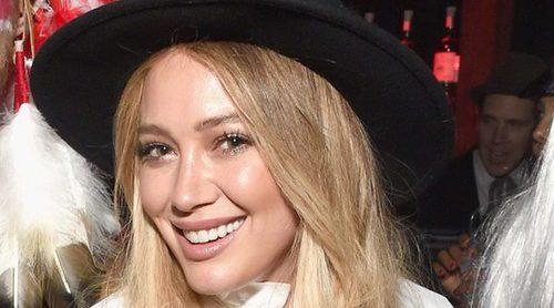 Hilary Duff reivindica los cuerpos naturales tras ser pillada en bikini en la playa y recibir críticas