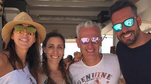 Paz Padilla disfruta de sus vacaciones en Zahara de los Atunes con Kike Calleja