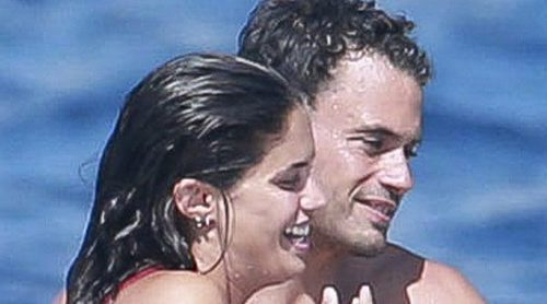 Sara Sampaio se divierte entre amigos y amor en la isla de Ibiza