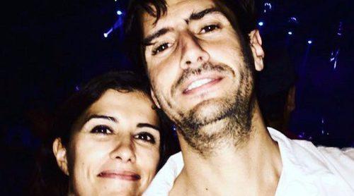 Juan Diego Botto y Olga Rodríguez se casan tras 14 años de relación y una hija en común