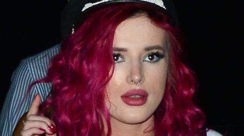 El descuido de Bella Thorne con sus pechos que fue pillado por los paparazzi