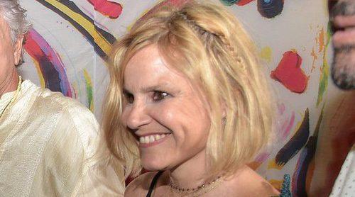 Eugenia Martínez de Irujo y demás famosos se divierten en la fiesta 'Flower Power' en Ibiza