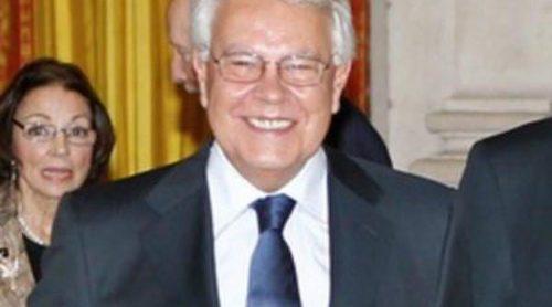 El expresidente del Gobierno Felipe González alaba el papel de la Monarquía Española