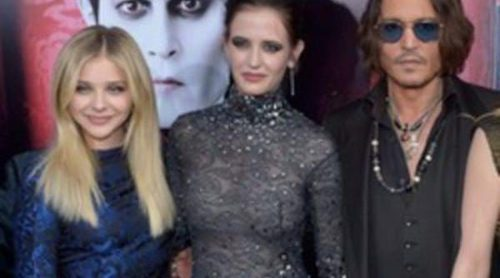 Tim Burton, Johnny Depp, Eva Green, Michelle Pfeiffer y Chloë Moretz estrenan 'Dark Shadows' en Los Angeles