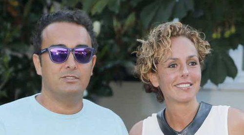 Sus hijos, su ex y los Mohedano: El calvario de Rocío Carrasco en su primer año de matrimonio con Fidel Albiac