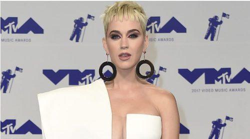 Katy Perry, Vanessa Hudgens, Nicki Minaj y Heidi Klum brillan en la alfombra roja de los MTV VMA 2017