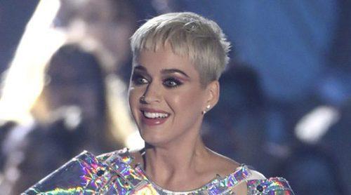 Una extrabajadora de Katy Perry la denuncia tras perder un dedo del pie por su culpa