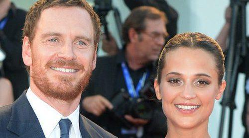 Michael Fassbender y Alicia Vikander podrían casarse en Ibiza
