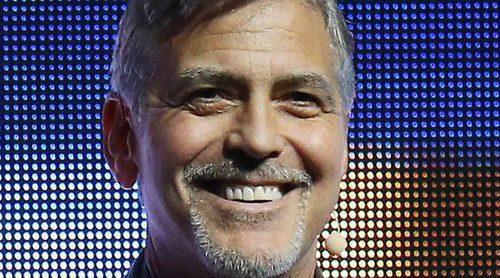 George Clooney: 'Amal Alamuddin está todo el día dando el pecho a los mellizos. Yo les doy paseos'