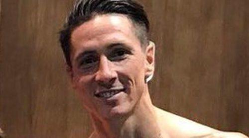 Saúl Ñiguez 'enseña' de qué está dotado Fernando Torres: Un bulto ha vuelto locos a sus fans