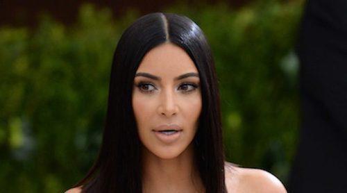 Una mujer armada amenaza a las Kardashian: 'Serán ejecutadas si pisan territorio comunista'