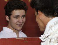 Froilán disfruta de una jornada taurina con Victoria Federica en la corrida benéfica de Gonzalo Caballero