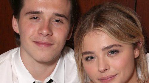 Brooklyn Beckham y Chloe Moretz pasean su amor por Dublín