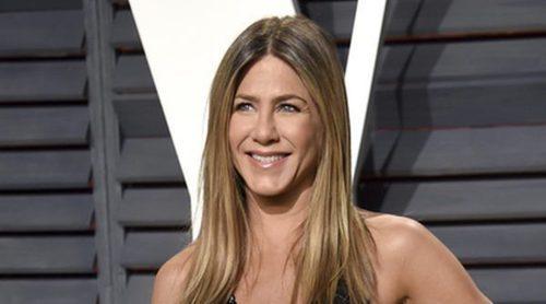 Jennifer Aniston dona 1 millón de dólares al fondo de ayuda de Puerto Rico creado por Ricky Martin