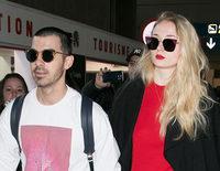 Sophie Turner y Joe Jonas anuncian su compromiso tras un año de relación