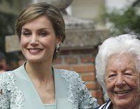 La Reina Letizia, sorprendida por su abuela Menchu Álvarez del Valle en Poreñu