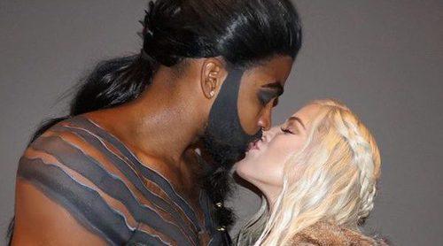 Khloe Kardashian presume de embarazo y de su novio Tristan Thompson en su Halloween más especial