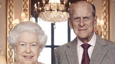 La Reina Isabel y el Duque de Edimburgo: posado oficial antes de su 70 aniversario de boda