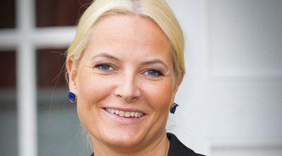 Mette Marit padece el Síndrome de los cristales: Así es la extraña dolencia que sufre