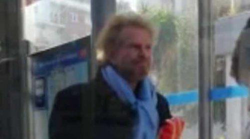Bigote Arrocet, pillado haciendo un 'simpa' al tratar de viajar gratis en un autobús de Madrid