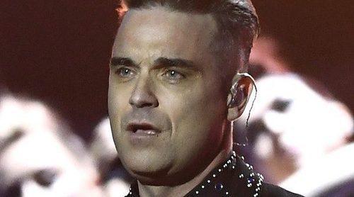 Robbie Williams habla de la dolencia que ha tenido: 'Los médicos han encontrado sangre en mi cerebro'