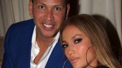 Jennifer Lopez y Alex Rodríguez disfrutan de su primera Navidad juntos de compras en Los Ángeles