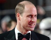 El Príncipe Guillermo, a la espera: El Príncipe Harry todavía no le ha pedido que sea su padrino de boda