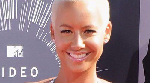 Amber Rose pasará por quirófano para reducir el tamaño de sus pechos