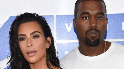 Kim Kardashian y kaney West rechazan grandes cantidades de dinero por vender la foto de su tercera hija