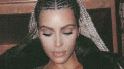 Kim Kardashian sube la temperatura posando prácticamente desnuda
