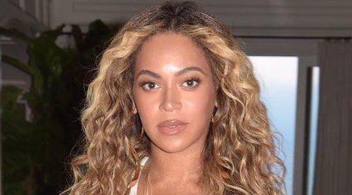 El padre de Beyoncé alude a su piel clara como razón de su fama internacional