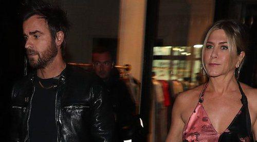 Justin Theroux encontró notas que Brad Pitt envió a Jennifer Aniston y que nunca tiró