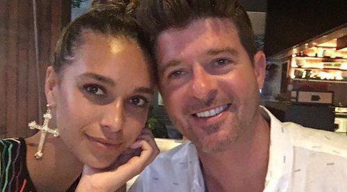 Robin Thicke anuncia el nacimiento de su hija con April Love Geary