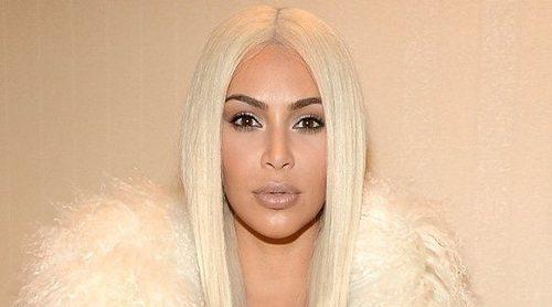 Kim Kardashian presenta a su hija Chicago con filtro incluido