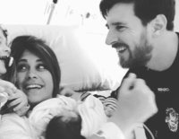 La felicidad en una imagen: Así han recibido Leo Messi, Antonella Roccuzzo y sus dos hijos al pequeño Ciro