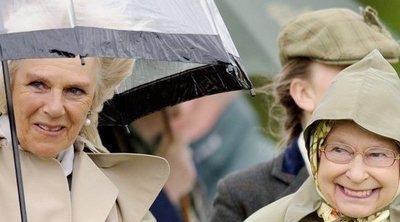 Las humillaciones a las que la Reina Isabel sometió a Camilla Parker antes de aceptar que se casara con el Príncipe Carlos