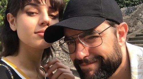 Dani Mateo confirma su relación con Yasmina Paiman: 'Nos llevamos 15 putos años, ay'