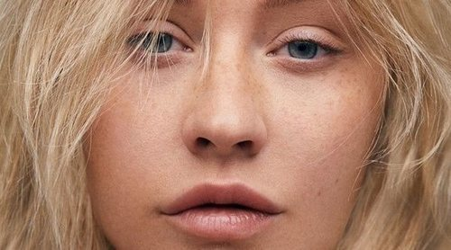 Christina Aguilera causa sensación al posar para una famosa publicación sin nada de maquillaje