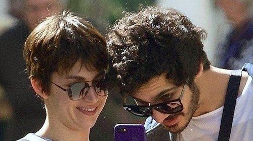 Úrsula Corberó y Chino Darín disfrutan de unas divertidas vacaciones de Semana santa en Málaga