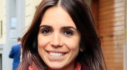 Elena Furiase, muy feliz al salir de una revisión ginecológica junto a su madre Lolita Flores